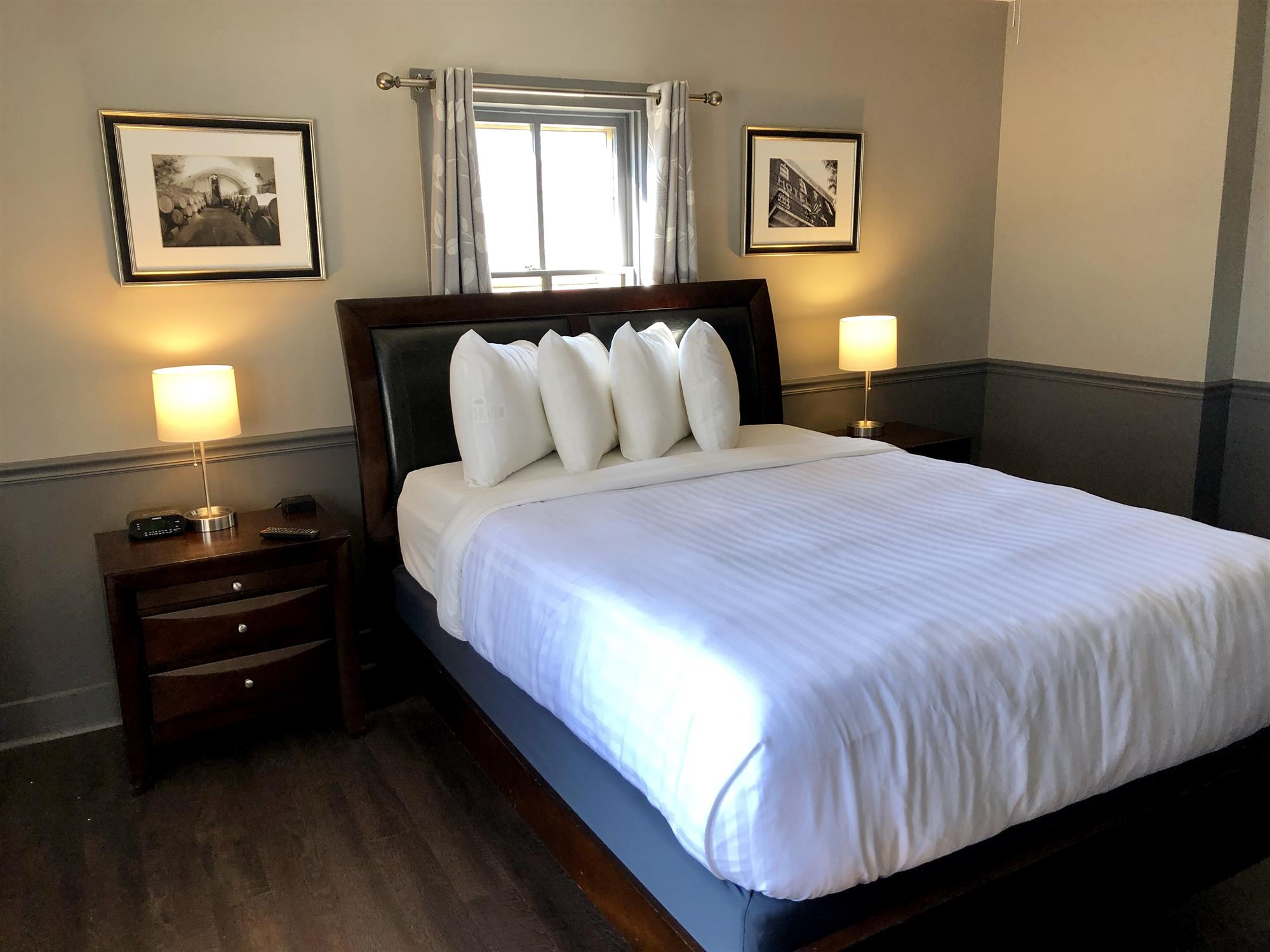 Image for Deluxe Queen Rooms