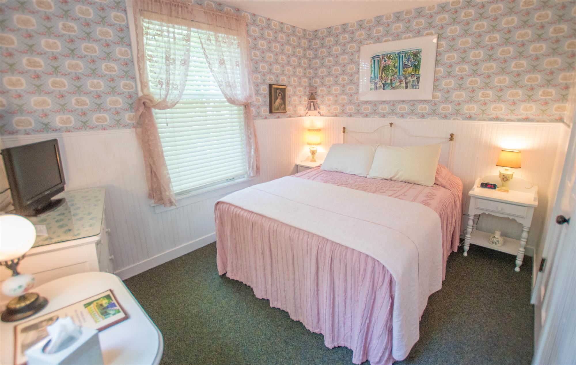 Image for 200Q) Queen Cottage Room