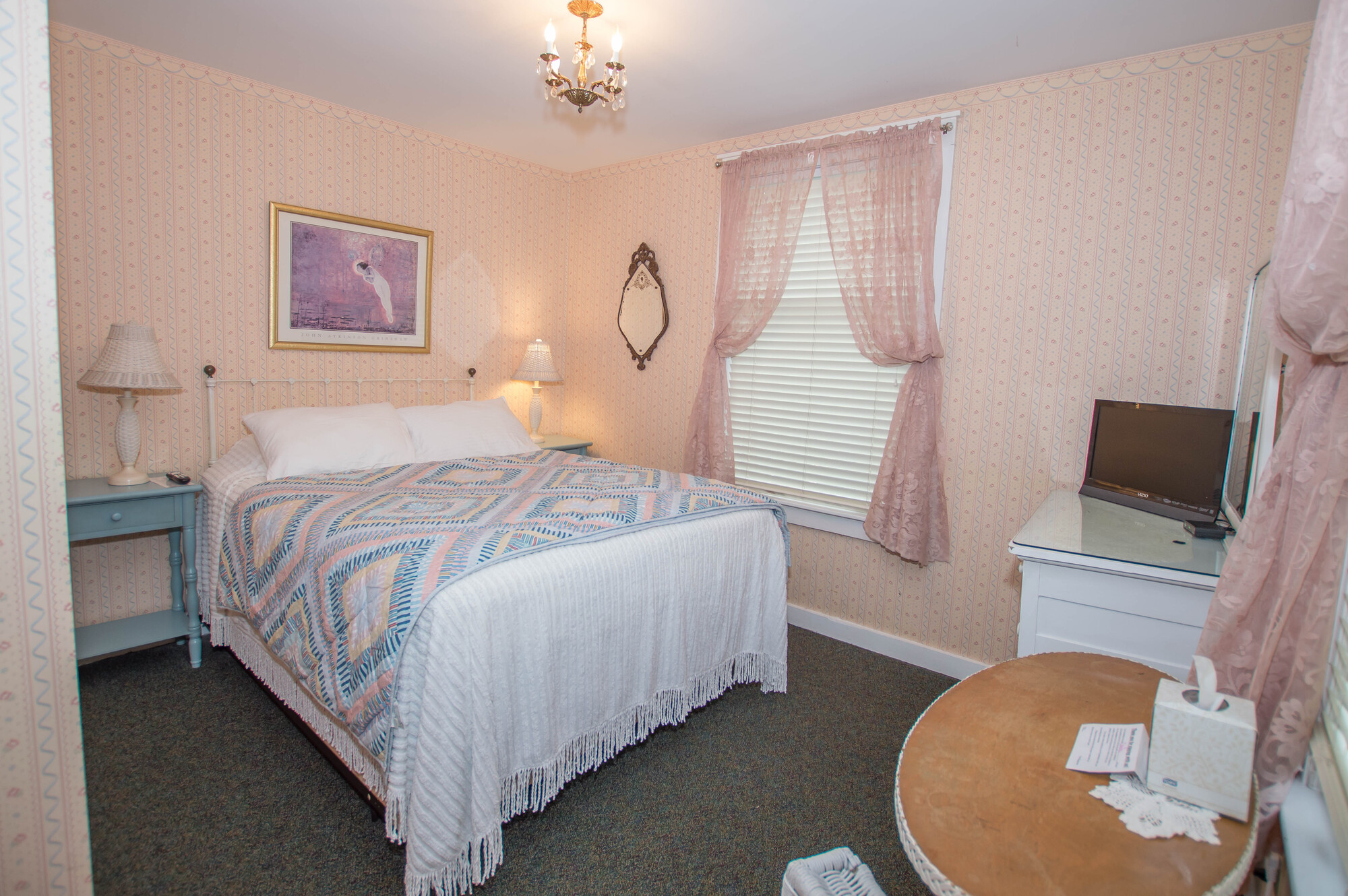 Image for 208Q) Queen Cottage Room