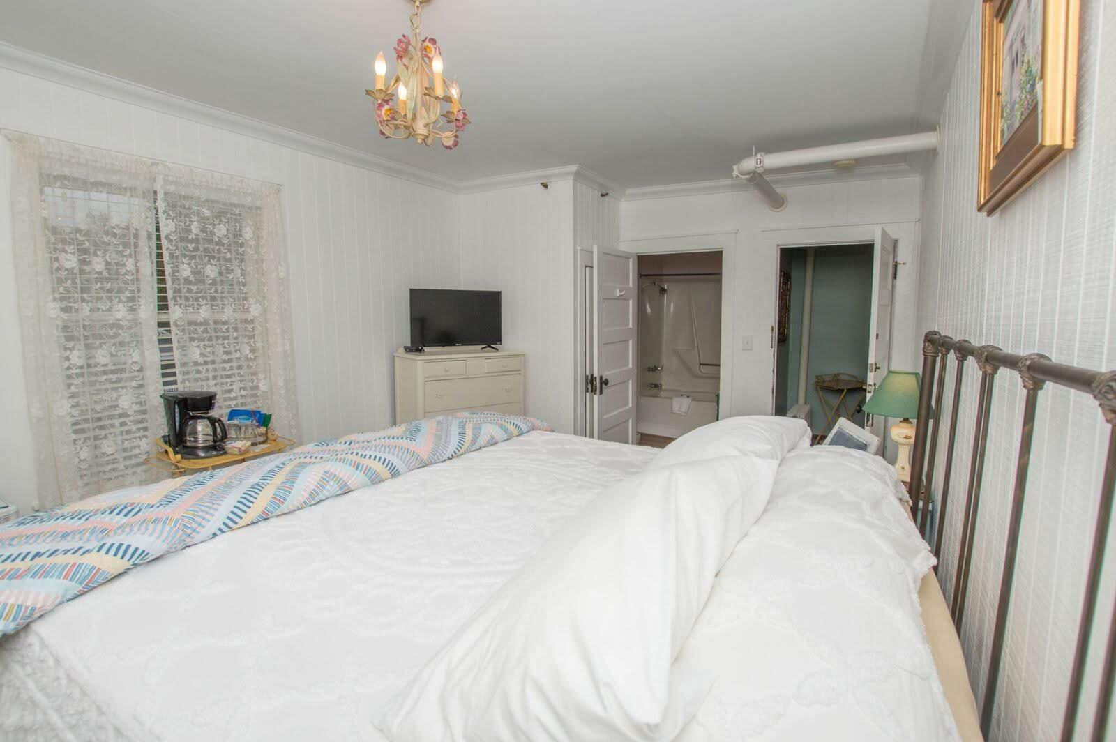 Image for 311KD) King Deluxe Rooms