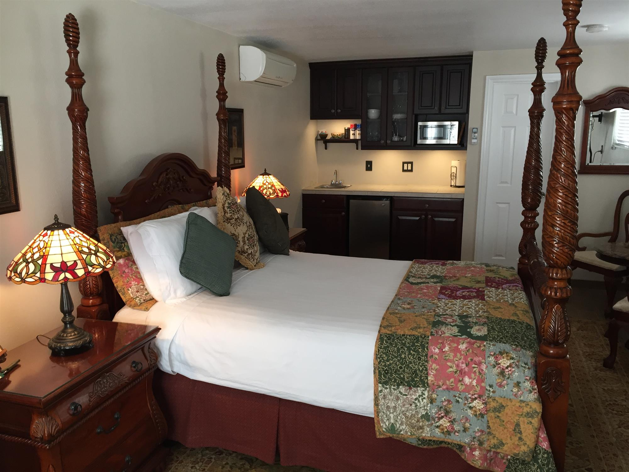 Image for Mukuntuweap Canyon Queen Suite