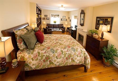 Image for Creekside Guest Room