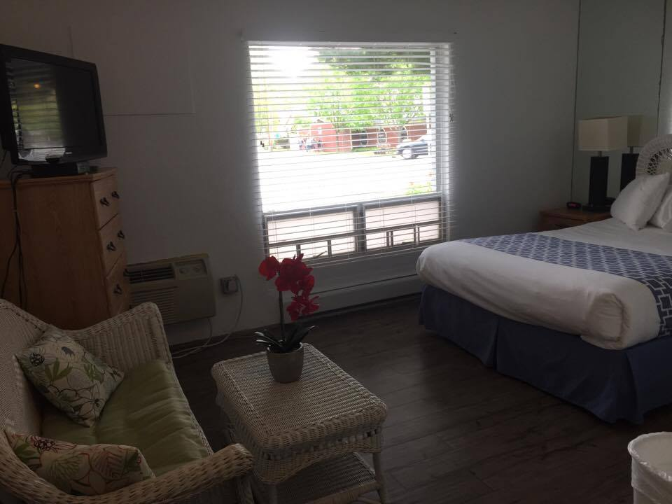 Image for Dockside Room - 1 Queen Bed