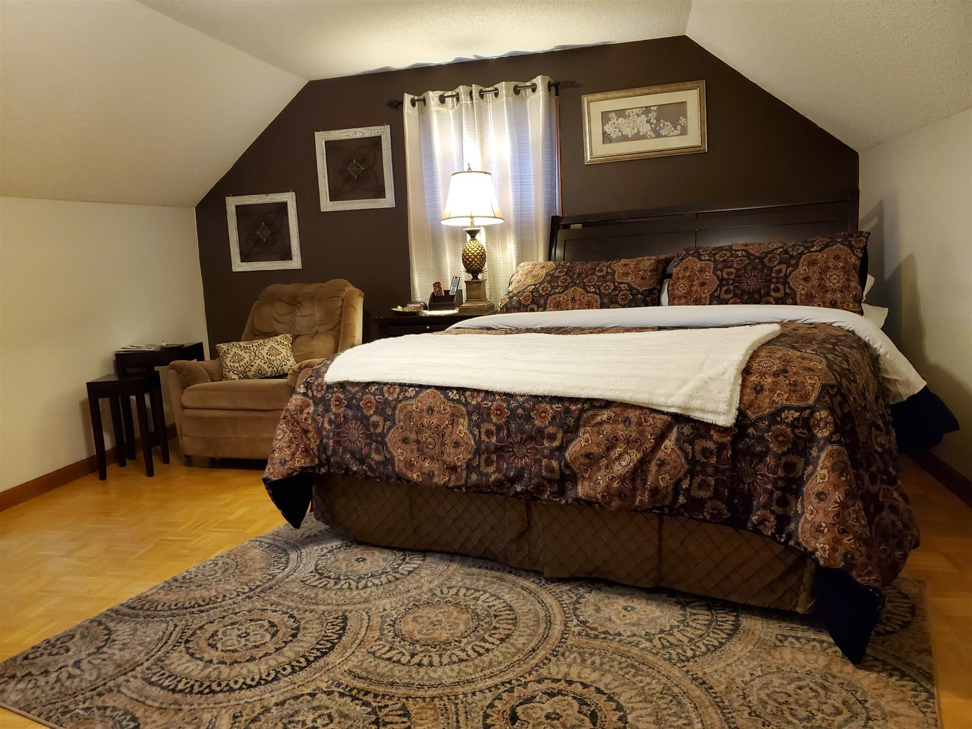 Image for The Willow Tree Room