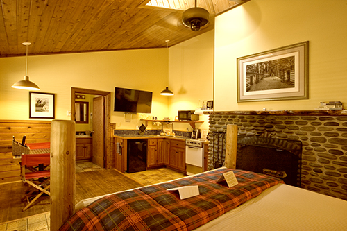 Image for 25 Hearthstone Inn Classic -- Fort Clatsop Room