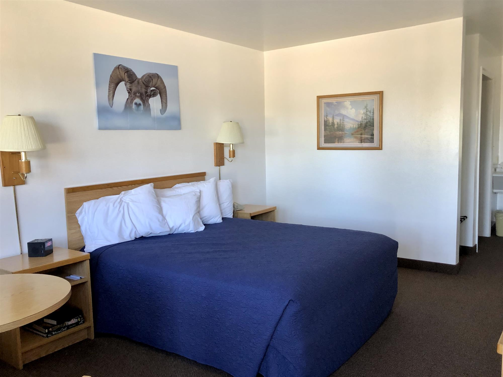 Image for 108 Bighorn Room (1Q)